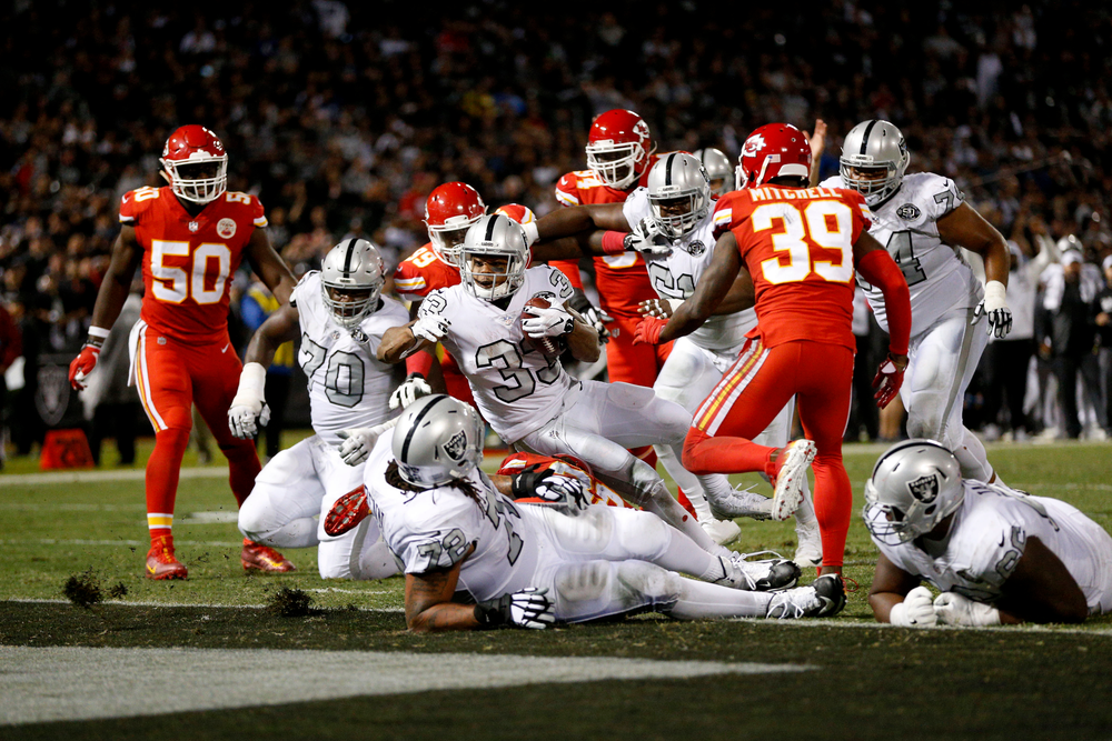 1360853-2017-10-20t044938z_300732326_nocid_rtrmadp_3_nfl-kansas-city-chiefs-at-oakland-raiders